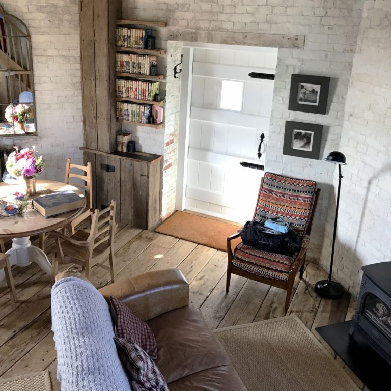 Beautiful Airbnb living room in Kentish countryside in England