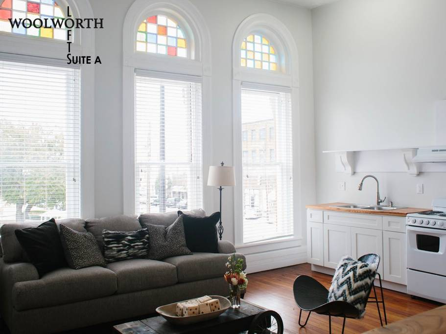 Alabama Airbnb, Woolworth Lofts Suite A